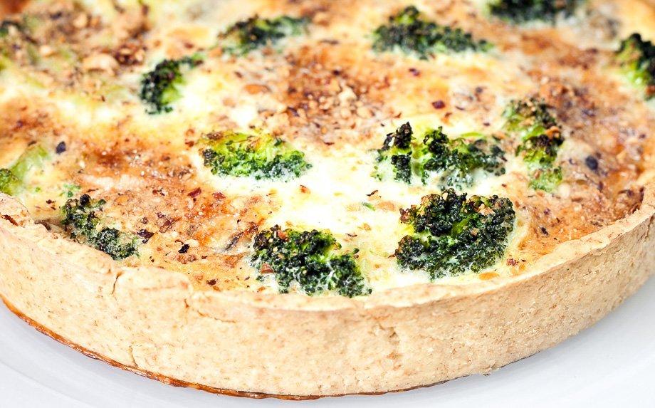 Brokolių ir sūrio pyragas