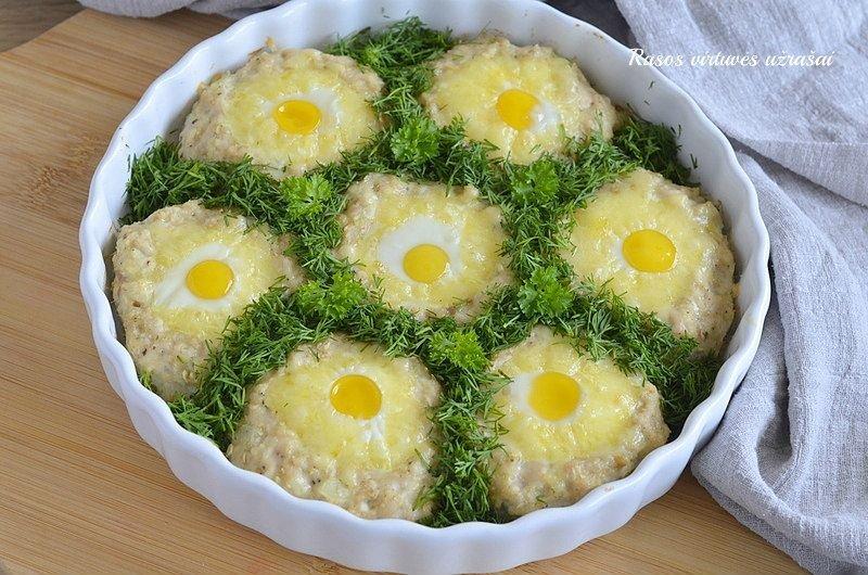 Vištienos lizdeliai su sūriu ir kiaušiniais orkaitėje