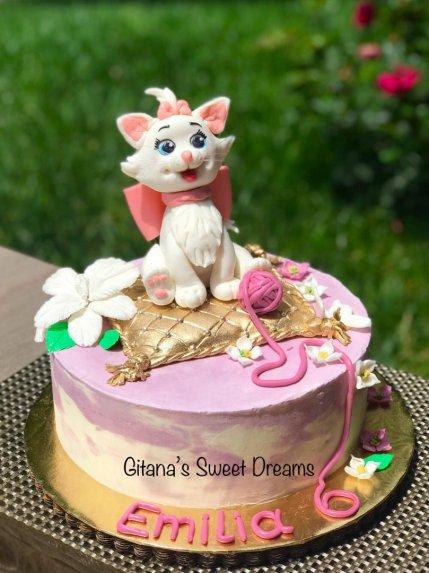 Medaus tortas medutis su maskarpone ir želė