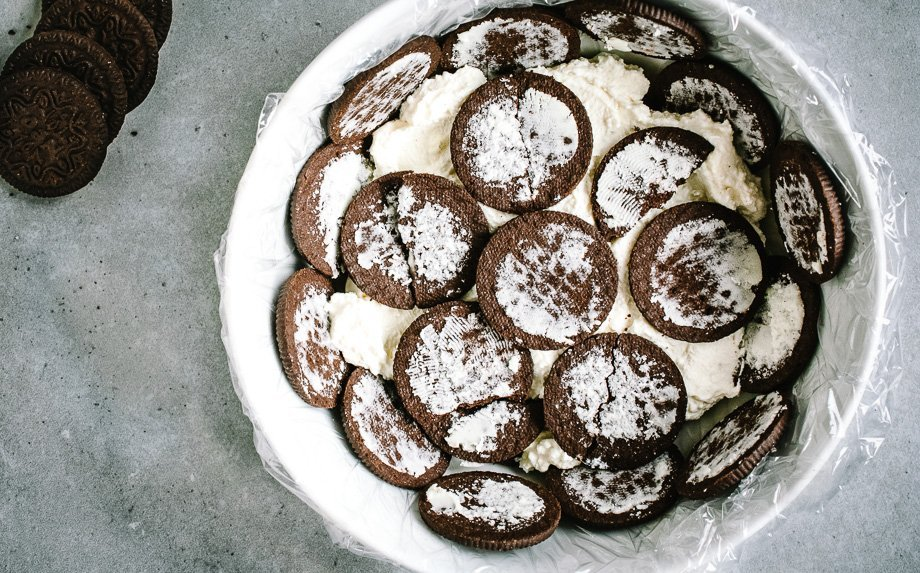 Nekeptas tortas su varškės ir maskarponės kremu