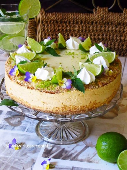 Gaivus citrininis - mÄ—tinis tortas su karameliniu kremu