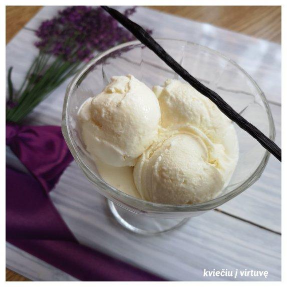 Naminiai vaniliniai ledai su jogurtu