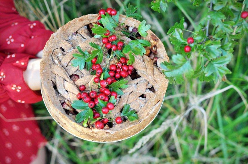 Natūraliai saldus obuolių pyragas be kiaušinių ir pieno produktų