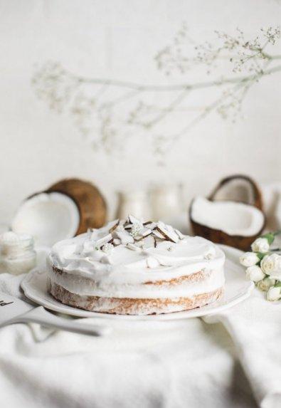 Kokosinis pyragas biskvitas be miltų