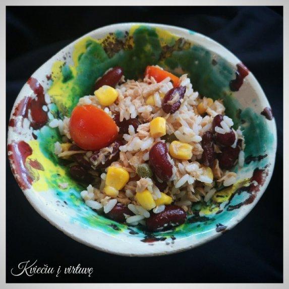 Tuno mišrainė su ryžiais