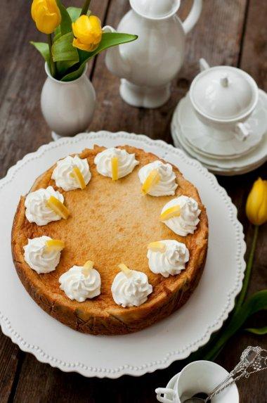 Sūrio tortas pyrgas su bananais