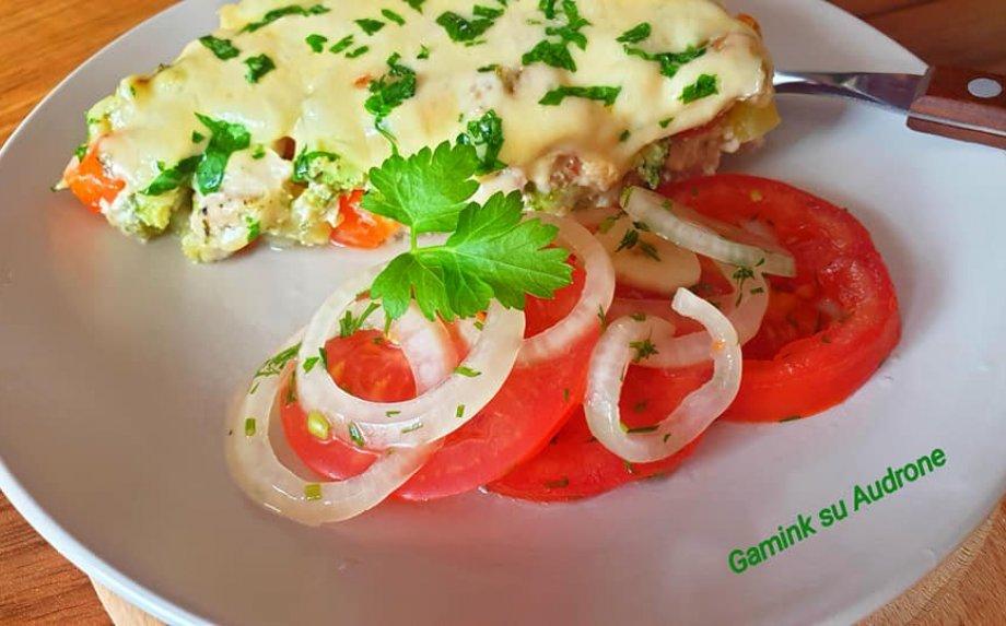 Greita vištienos užkepėlė su daržovėmis