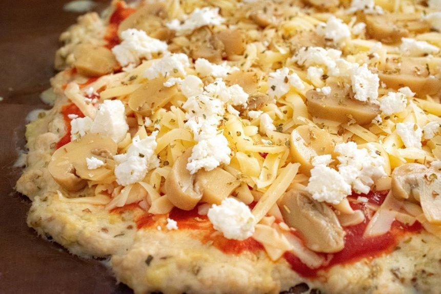 Greita vištienos pica be miltų
