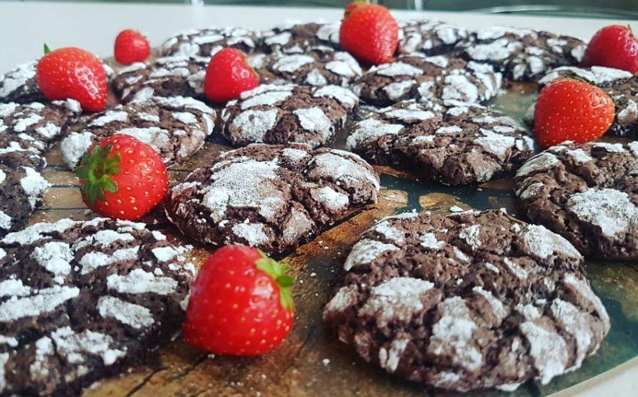 Gražuoliai šokoladiniai sausainiai