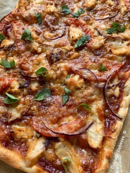 Naminė pica su vištiena