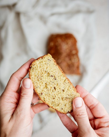 Jogurtinė keto duona