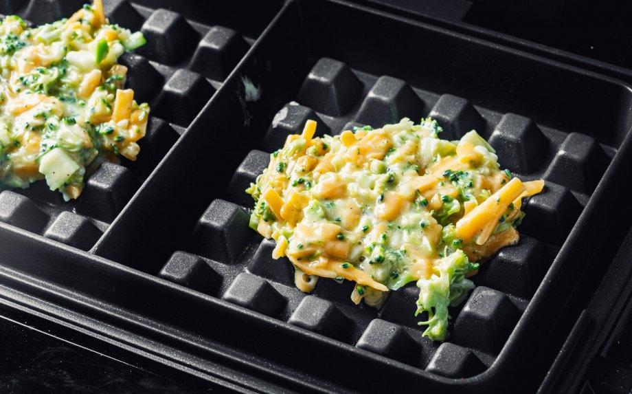 Greiti brokolių ir sūrio vafliai