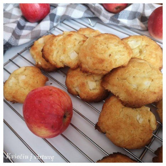 Obuoliniai sausainiai