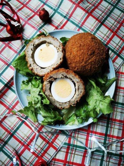 Traškūs mėsos kukuliai - škotiški kiaušiniai