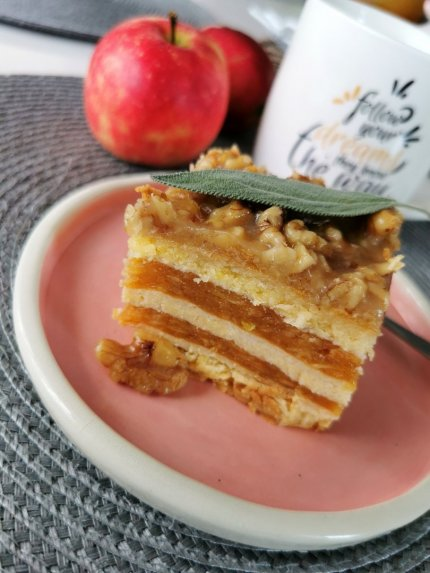 Tobulas obuolių tortas